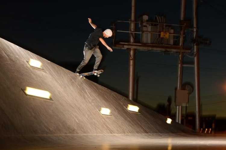 Spiro Razis - Backside Tailslide