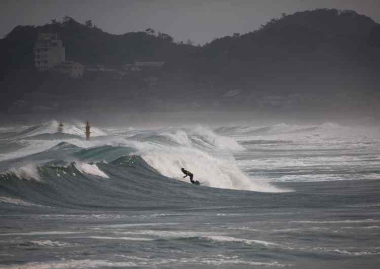 surf-fukushima-nuclear-01