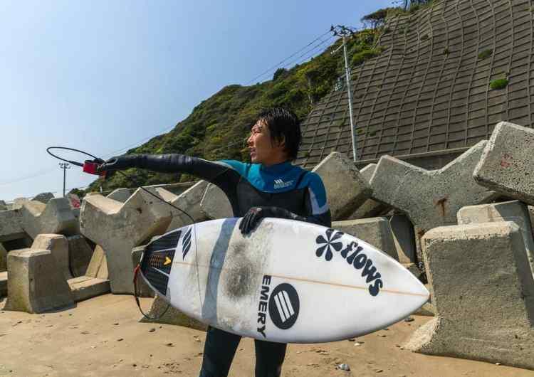 surf-fukushima-nuclear-03