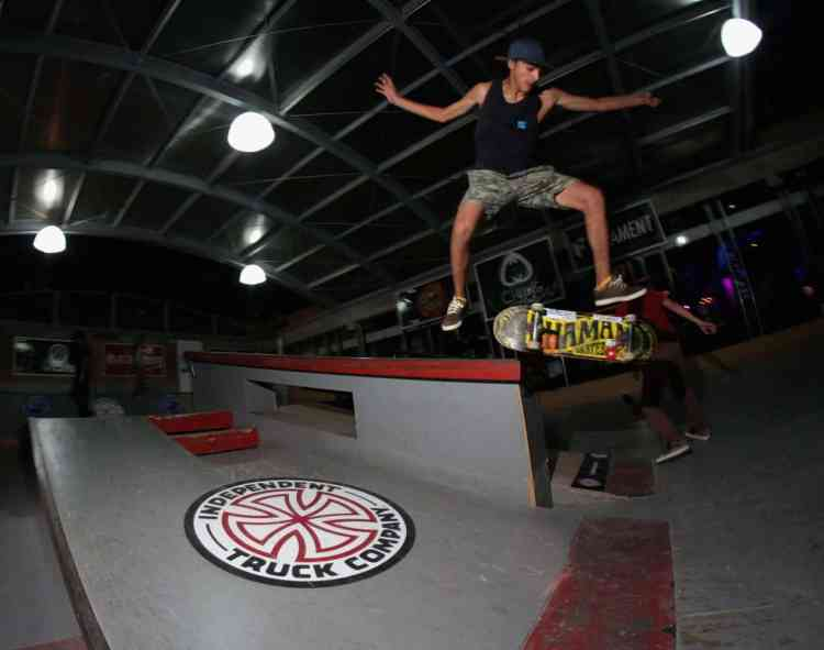 mauro i- bs crooked to nollie kickflip out