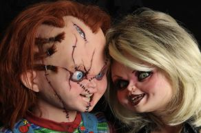 NECA Toys' Bride of Chucky Chucky life-size 1:1 scale replica with Tiffany (faces).