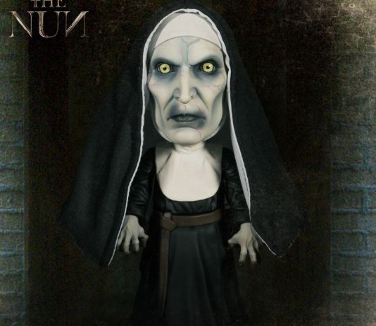 Mezco Toyz MDS The Nun