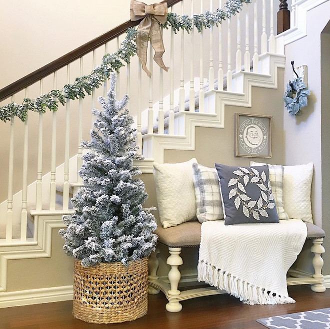 20 Best Christmas Interior Decorating Ideas Best Christmas Interior Decorating Ideas  Aly McDaniel via Instagram