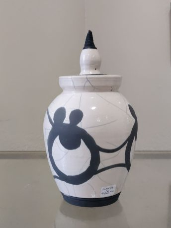 Grays Harbor Potters Guild Ganz Black and White Pot