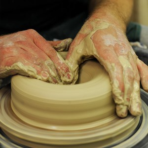 pottery throwing course