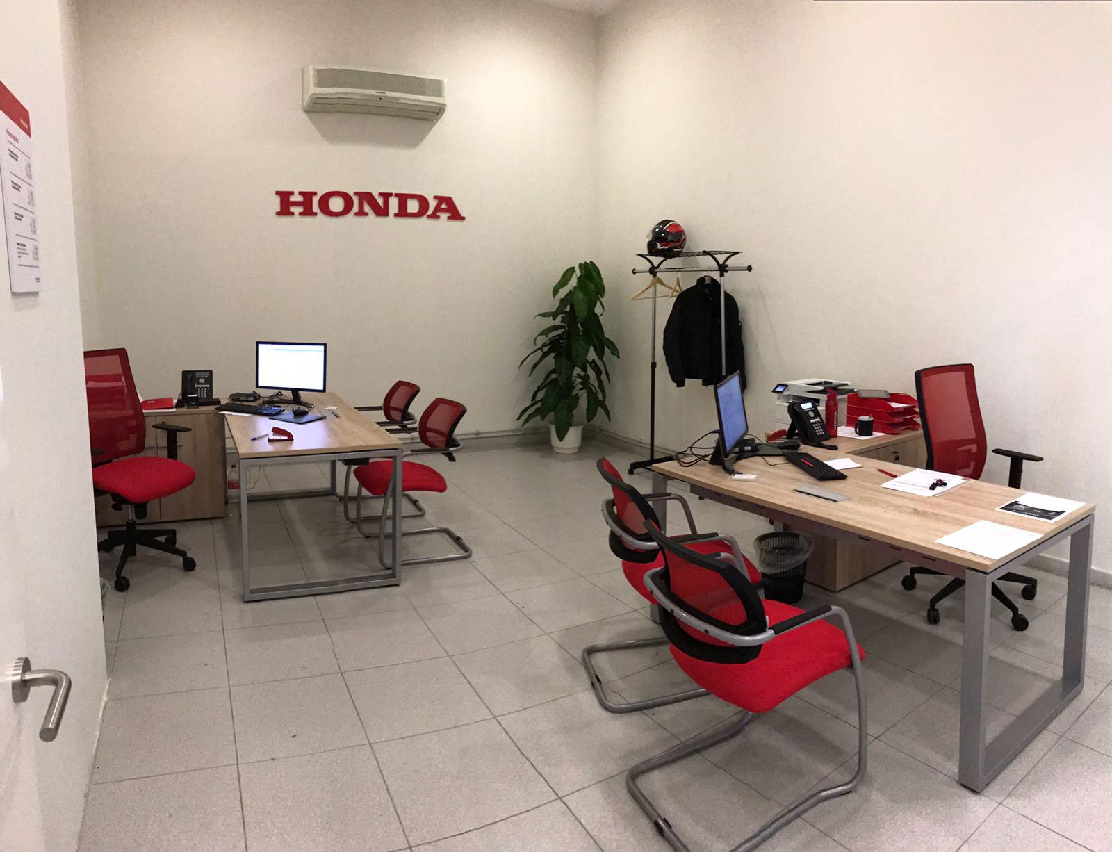 Hatobito, Honda Canarias.