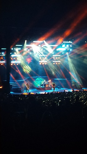 Godsmack thrills the crowd!