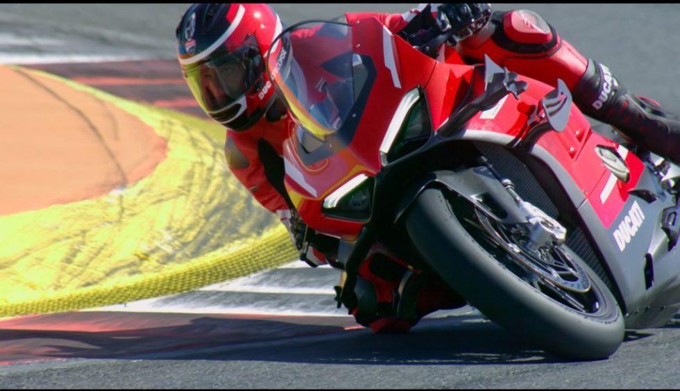 วิดีโอแนะนำ 2020 Ducati Superleggera V4