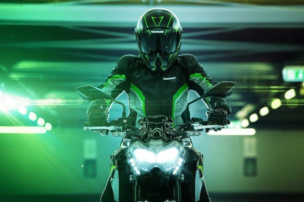 เปิดสีใหม่ 2020 Kawasaki Z900