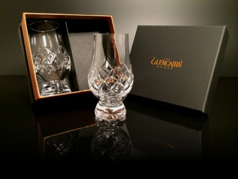Alba-Whisky-Glencairn-Whisky-Glass-2-Cut-Crystal-and-Box-1024x768