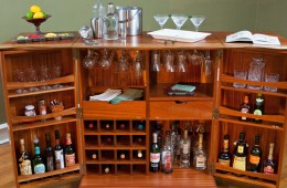 whisky bar and cabinet