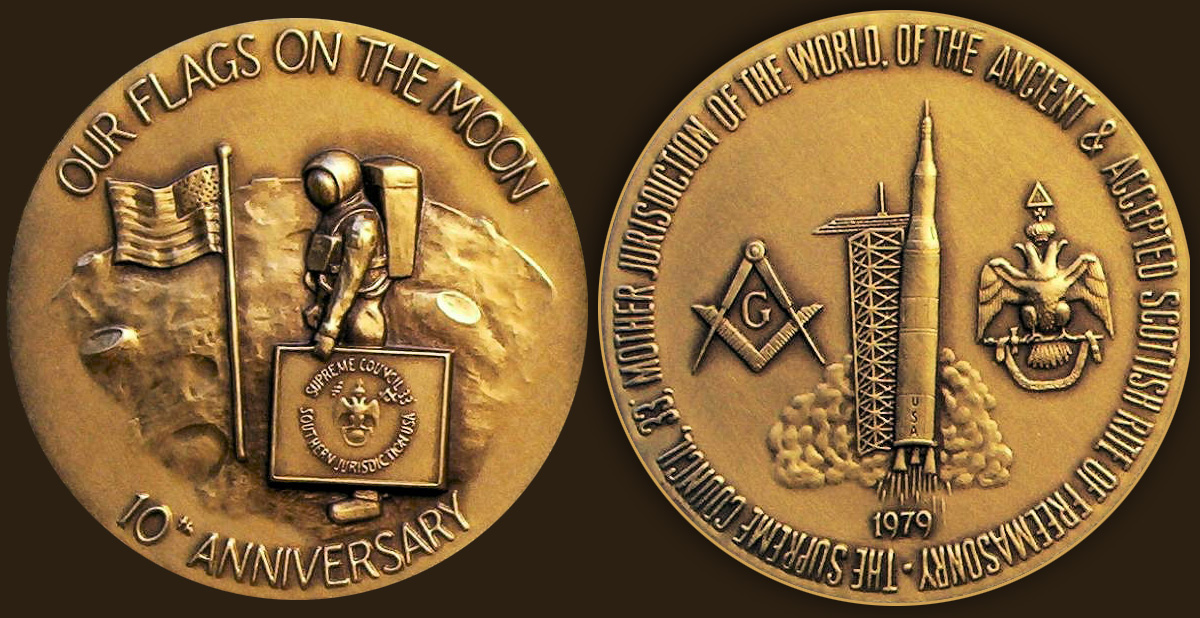 1979-moon-masonic-medallion.jpg