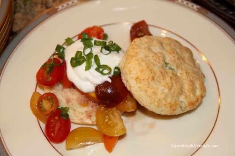 tomato-shortcake-salad