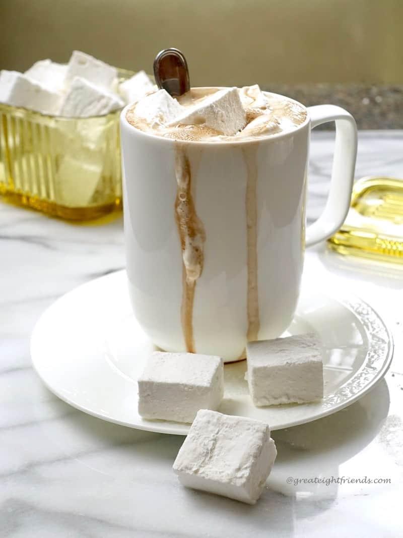 Marshmallows cocoa 2