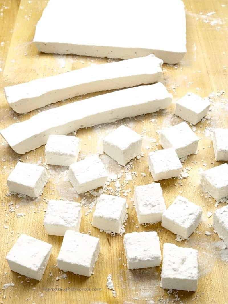Marshmallows cutting