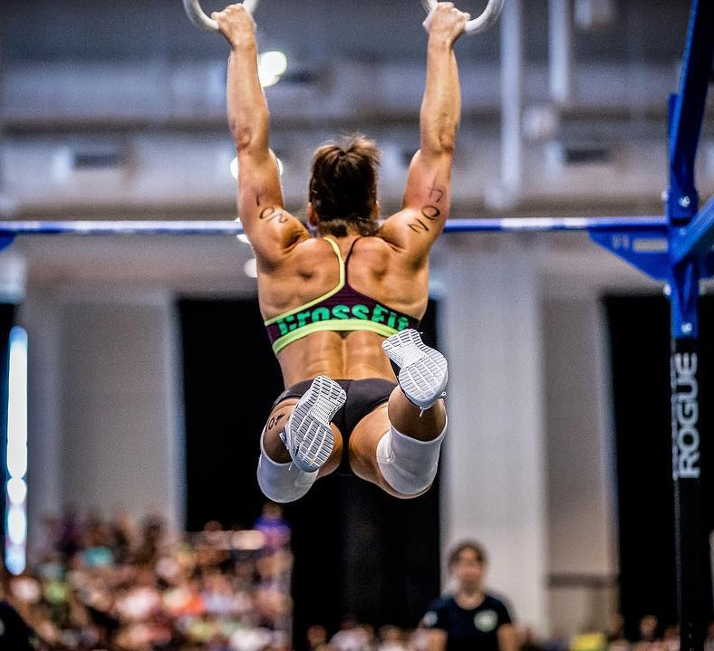 Stacie Tovar Age Height Weight Images Bio