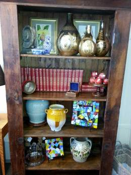 One-of-a-Kind-Home-Accessories-and-Gifts-Great-Finds-&-Design