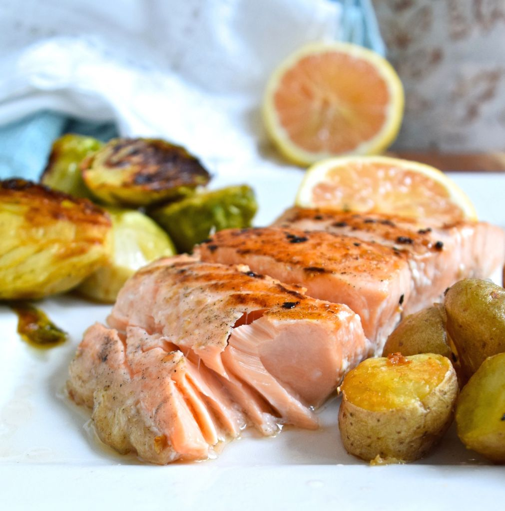 Simple salmon dinner great food and lifestyle salmon dinner forumfinder Images
