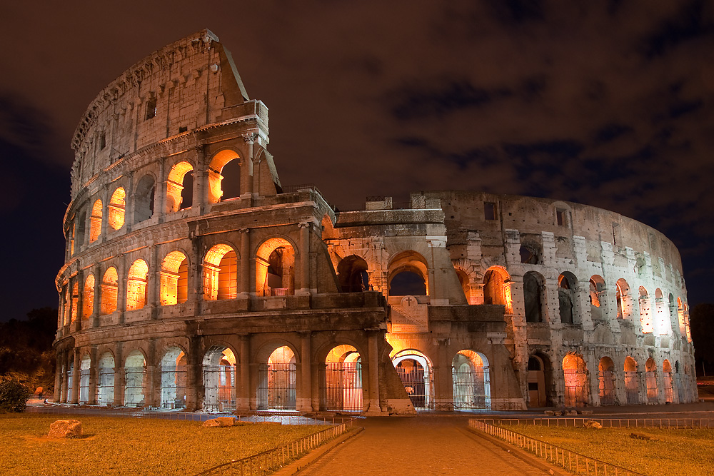 holiday Coloseum