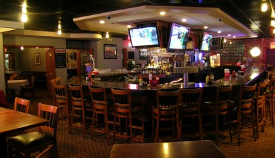 Stinger's Bar & Grill - GREAT KOSHER RESTAURANTS