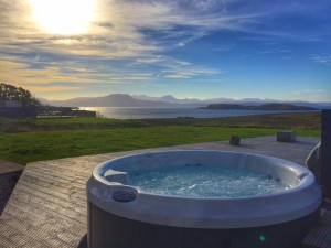 hot tub luxury self catering lodge