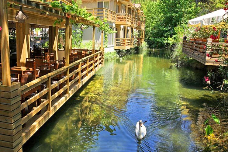 Peque os hoteles con encanto en europa escenarq architects - Hoteles con encanto en fuerteventura ...