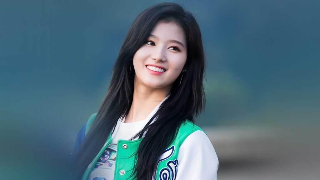 Sana (TWICE) Top 10 female