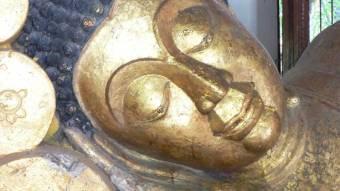 Sleeping buddha in Chiang Mai