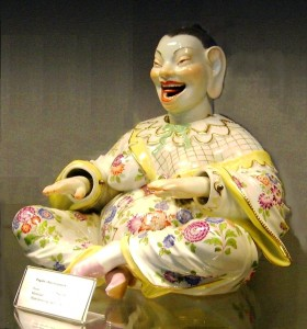 Laughing_Buddha_(nodder,_Meissen_Porcelain)