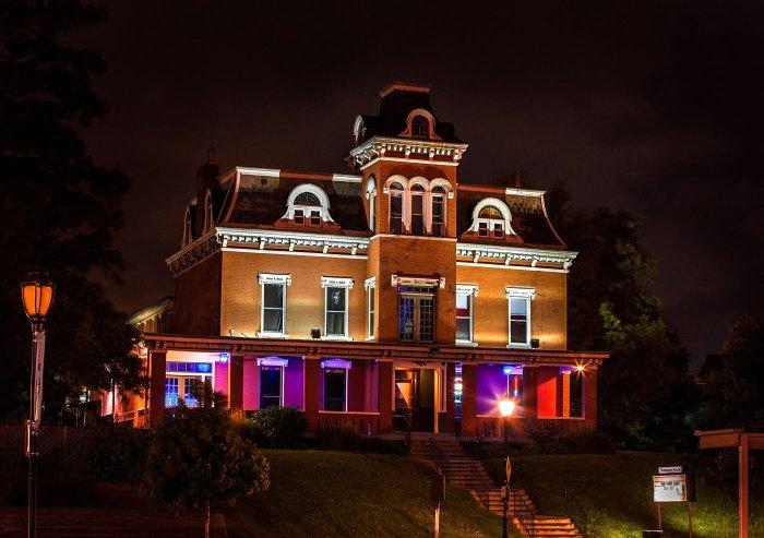 thompson house, southgate house, haunted