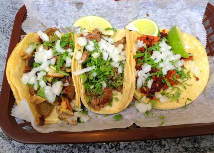 la mexicana newport kentucky, best tacos in cincinnati