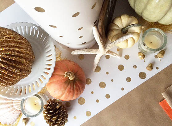Thanksgiving table covering