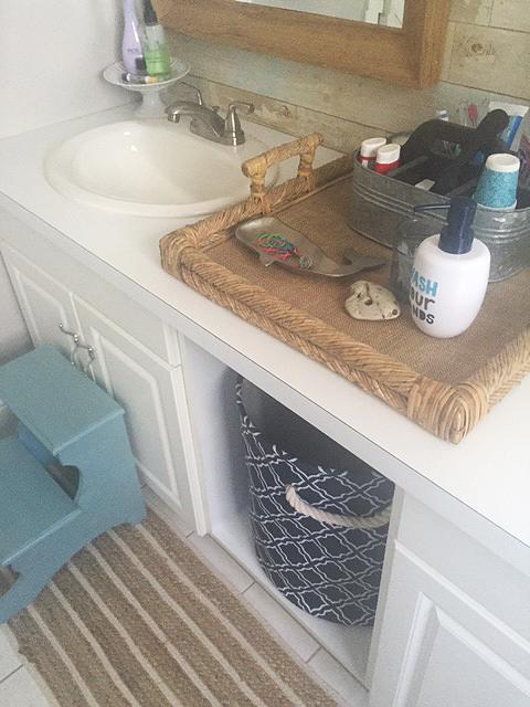 bathroom reveal_detail 1