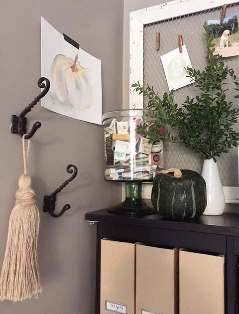 fall-decor-kitchen-greens