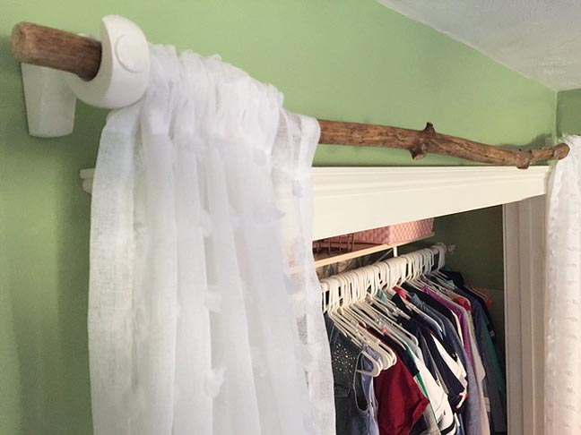 averys-closet-week-4_curtain-rod-2