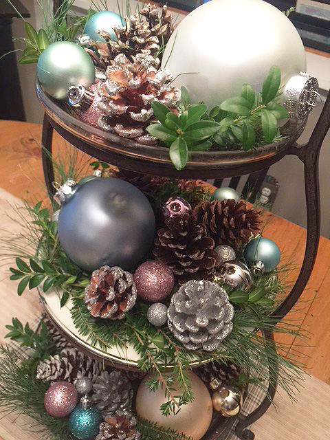 holiday-tiered-tray_detail