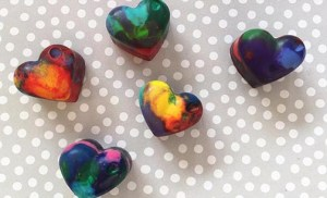 DIY heart shaped crayons