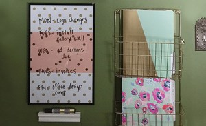 DIY dry erase board & decorated pen