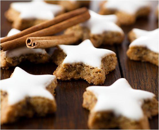Keto Christmas cookies - Keto Zimtsterne (Greek twist)