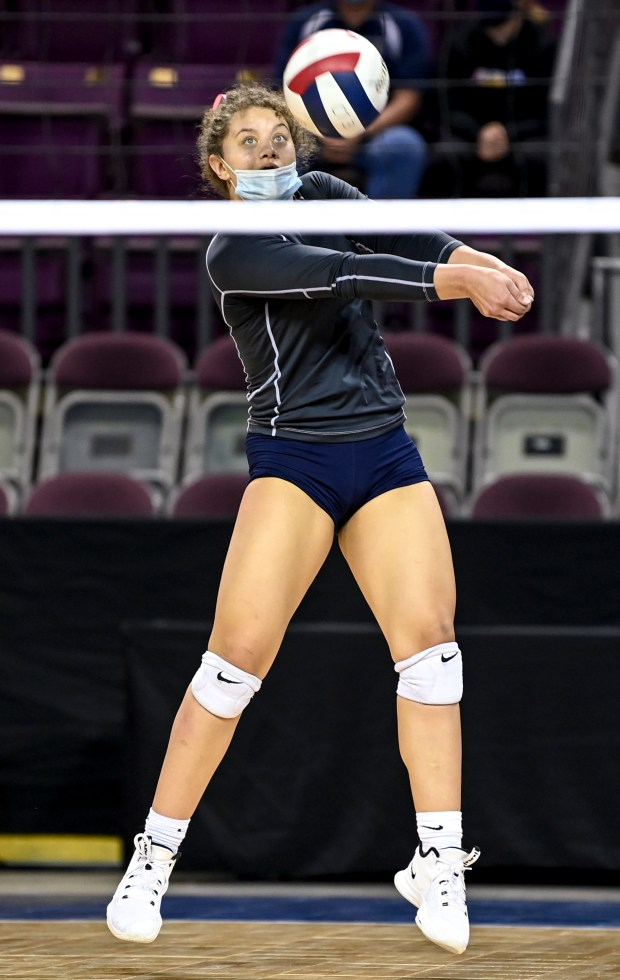COLORADO SPRINGS, CO - MAY 13:University's Kylie Williams (5) digs during the Eaton Reds 3A girls volleyball state semifinal match against the University Bulldogs at The Broadmoor World Arena in Colorado Springs May 13, 2021.(Alex McIntyre/Staff Photographer)