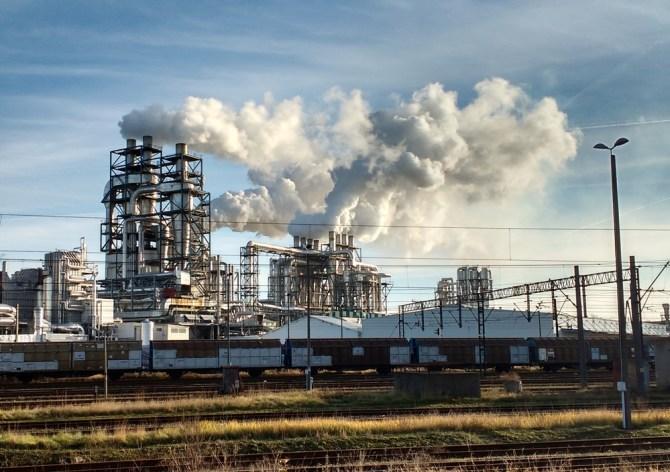 emisje CO2 fabryka szczecinek