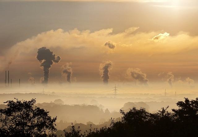 Cum să te protejezi de poluarea din aer