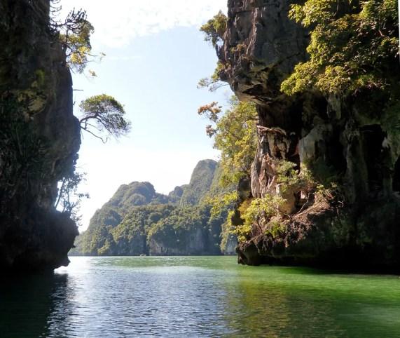 Phang Nga bay Karst limetsone cliffs