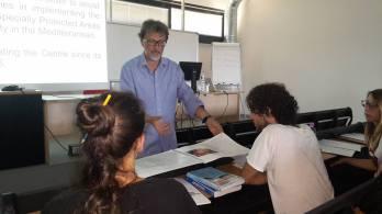Carlo Cerrano (coordinatore di Green Bubbles e responsabile del corso) spiega che la comuicazione scientifica è fondamentale per la conservazione