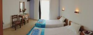 makis-studio-bedroom-panoramic