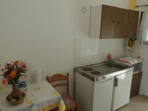 makis-studio-kitchen