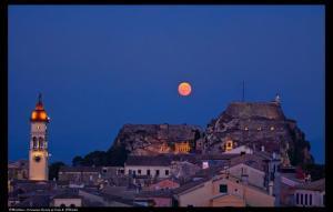 moon-over-corfu