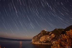 startrails-over-angelokastro