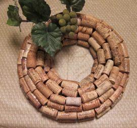 coroa em rolhas de cortiça_wineintro.com