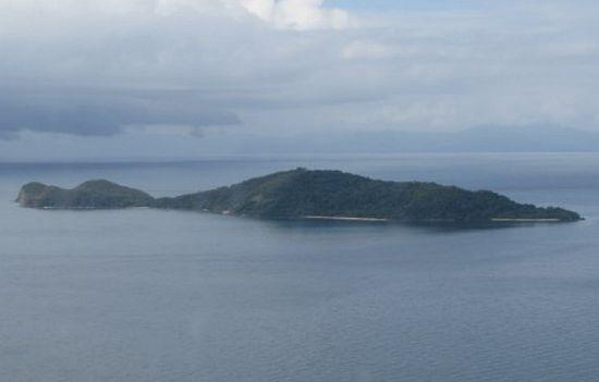 crocodile shaped island